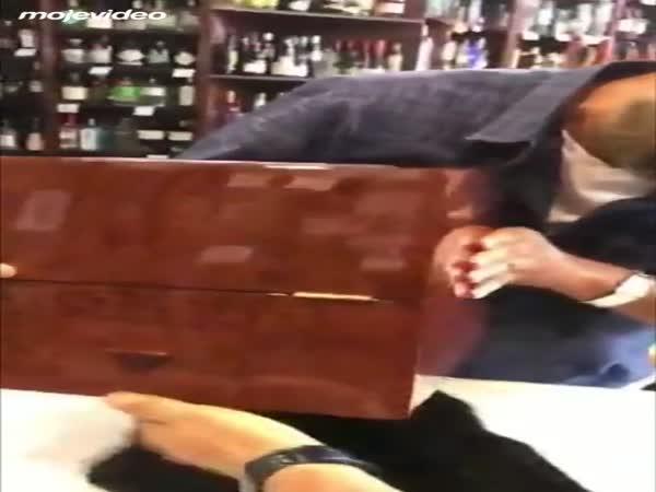 72letá whisky za 130 000 Kč