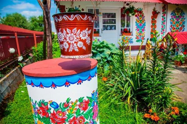 GALERIE – Malované chaty v Polsku