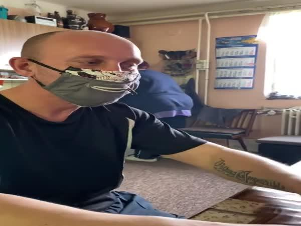 Ochranné roušky pro kuřáky