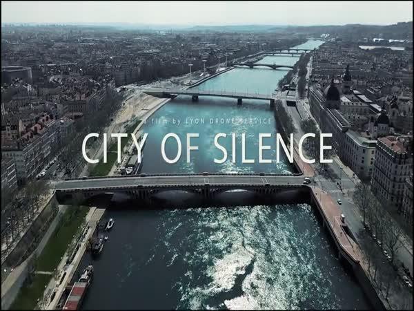 Město ticha