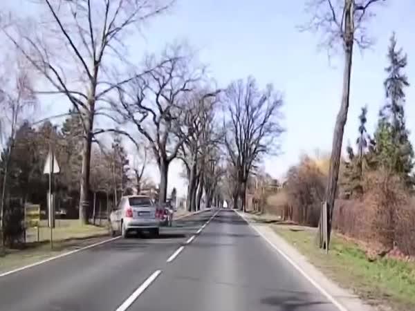 Nehoda – Důchodce a motorkář
