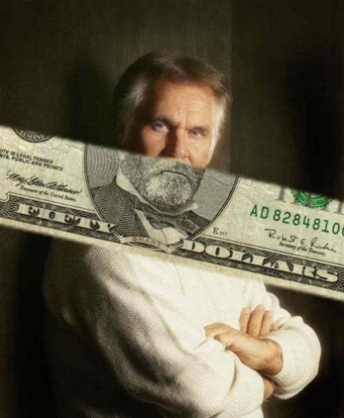 GALERIE – Bankovky složené na správném místě