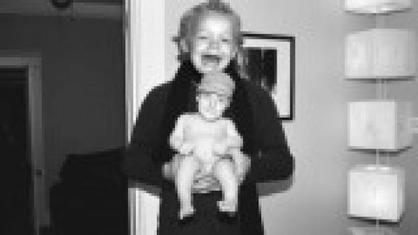 GALERIE – Výměny hlav mezi kojenci a dospělými