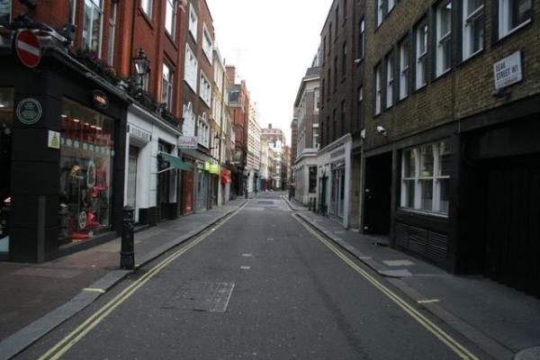 GALERIE – Londýnské ráno po Vánocích