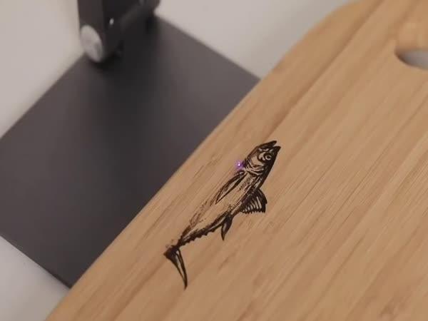 Nejmenší gravírovací laser na světě