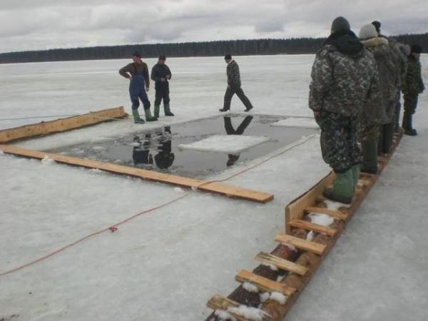 GALERIE – Ruský zimní rybolov