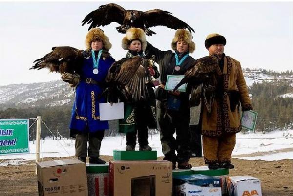 GALERIE – Lov sokolů v Kazachstánu