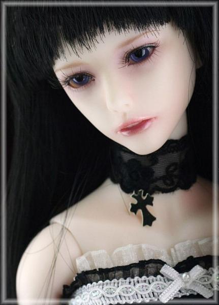 GALERIE – Gotické panenky