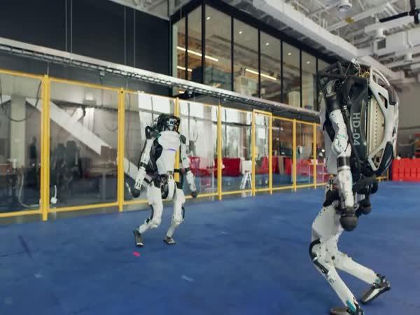 Tančící roboti