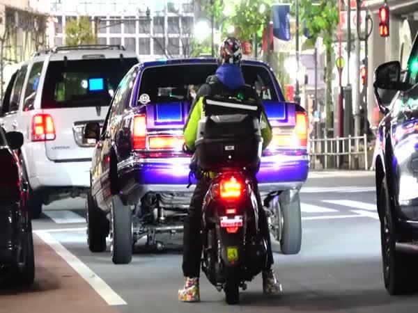 Japonci, kteří milují auto tunning