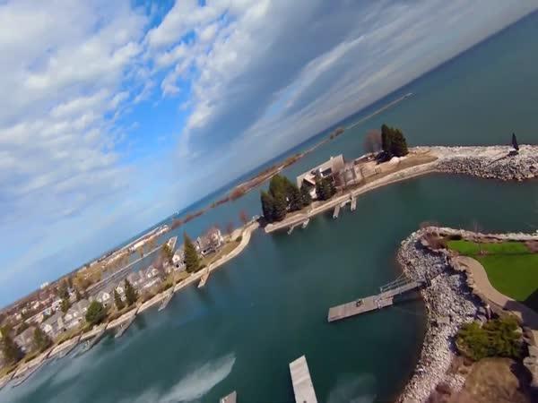 Dron nad jezerem Ontario