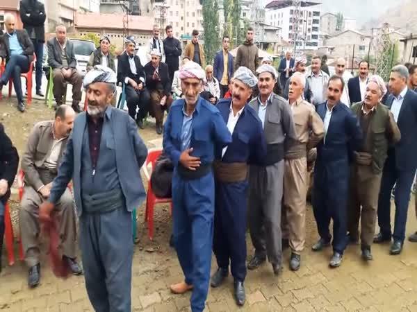 Jak vypadá kurdská svatba