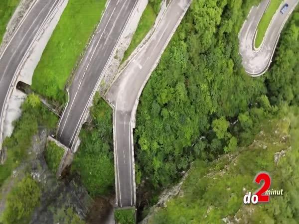 TOP 5 – Nejšílenější silnice světa
