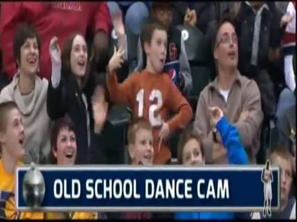 Zábavné taneční dítě krade show